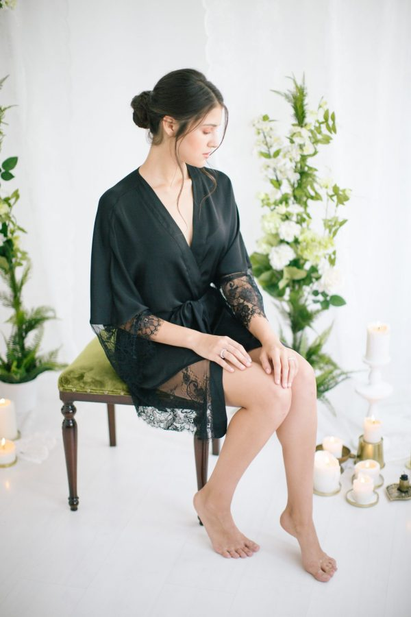 Claire Short Silk Satin Robe Black