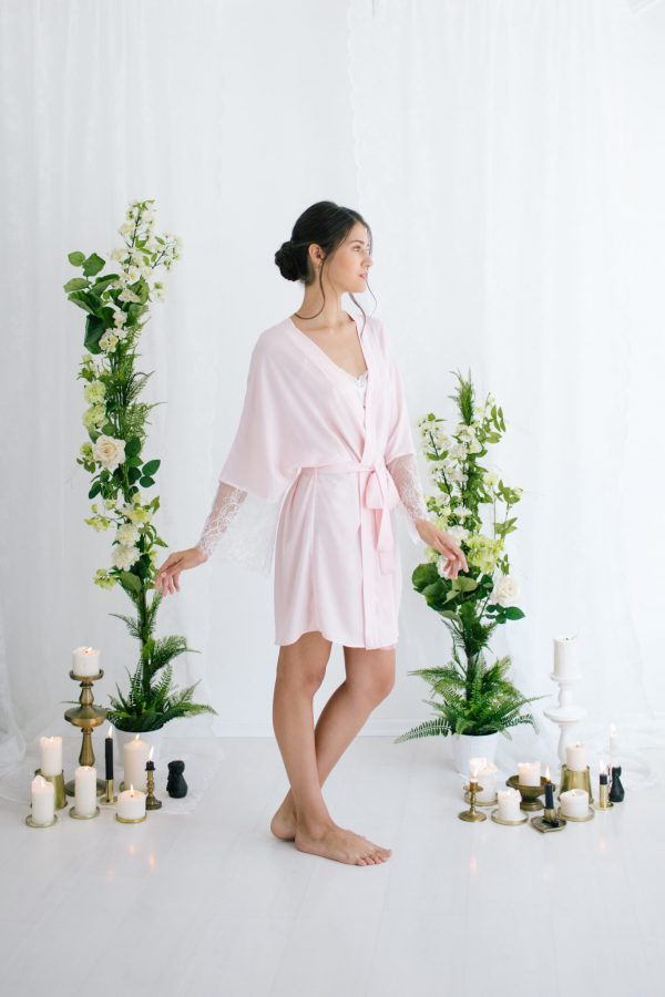 Anne Short Silk Satin Robe Pink