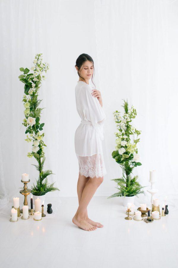 Claire Short Silk Satin Robe Ivory